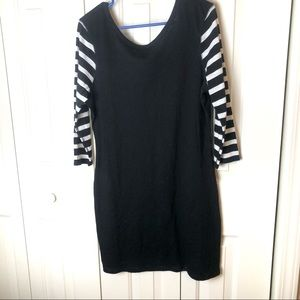 2/$20 Express Reversible Dress B & W Size L